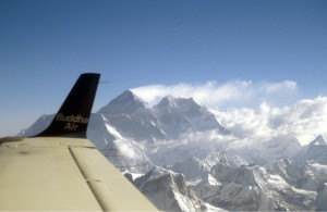 View_of_Mt_Everest_from_Buddha_Air_Beech_1900_Hanuise